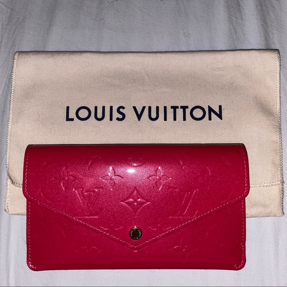 Louis Vuitton Handbags - Louis Vuitton Jeanne Wallet Vernis